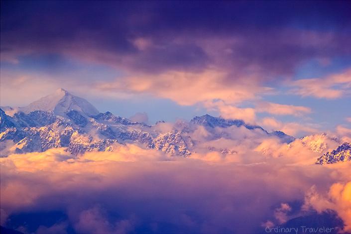 چه مکان هایی از زمین از فضا قابل رویت است: کوههای هیمالیا