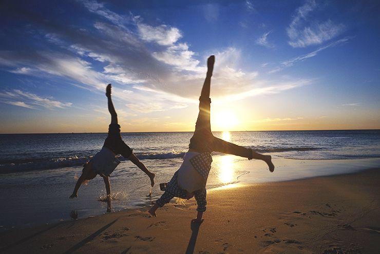 ورزش کنار دریا