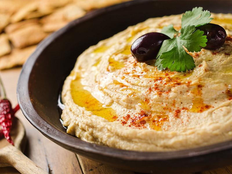 آشنایی با معروف ترین غذاهای محلی دبی: حمص