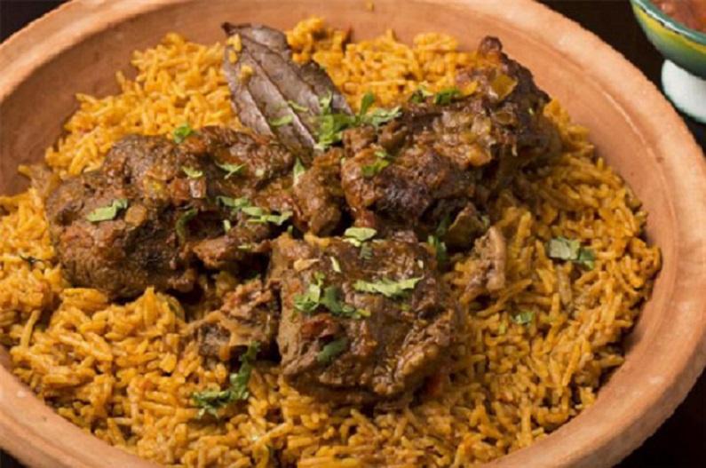 آشنایی با معروف ترین غذاهای محلی دبی :مجبوس