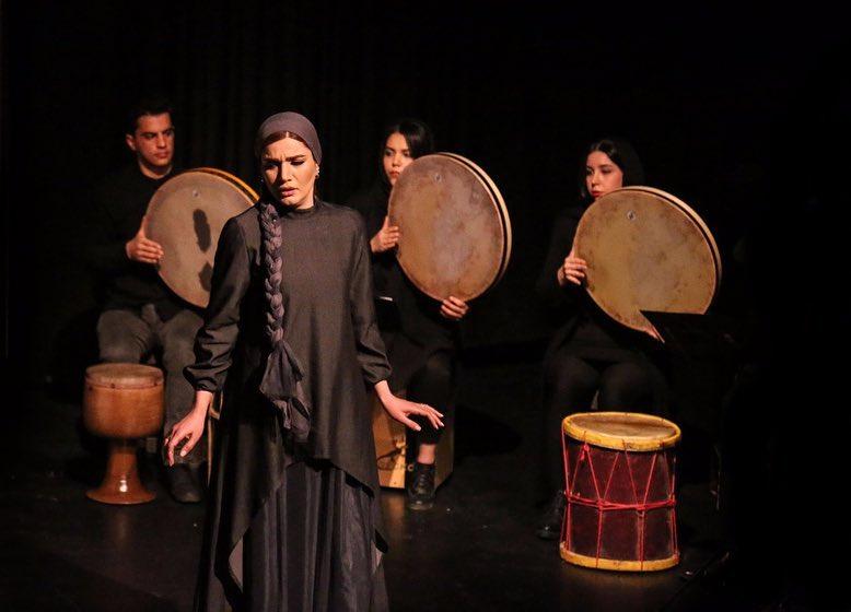 متین ستوده در صحنه تئاتر