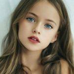 عکس زیبا از دختر بچه فرشته گونه