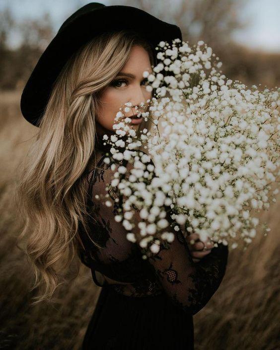 ژست عکس دخترانه در طبیعت جذاب