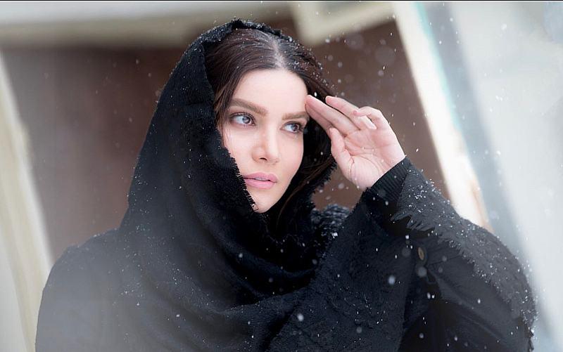 متین ستوده در برف