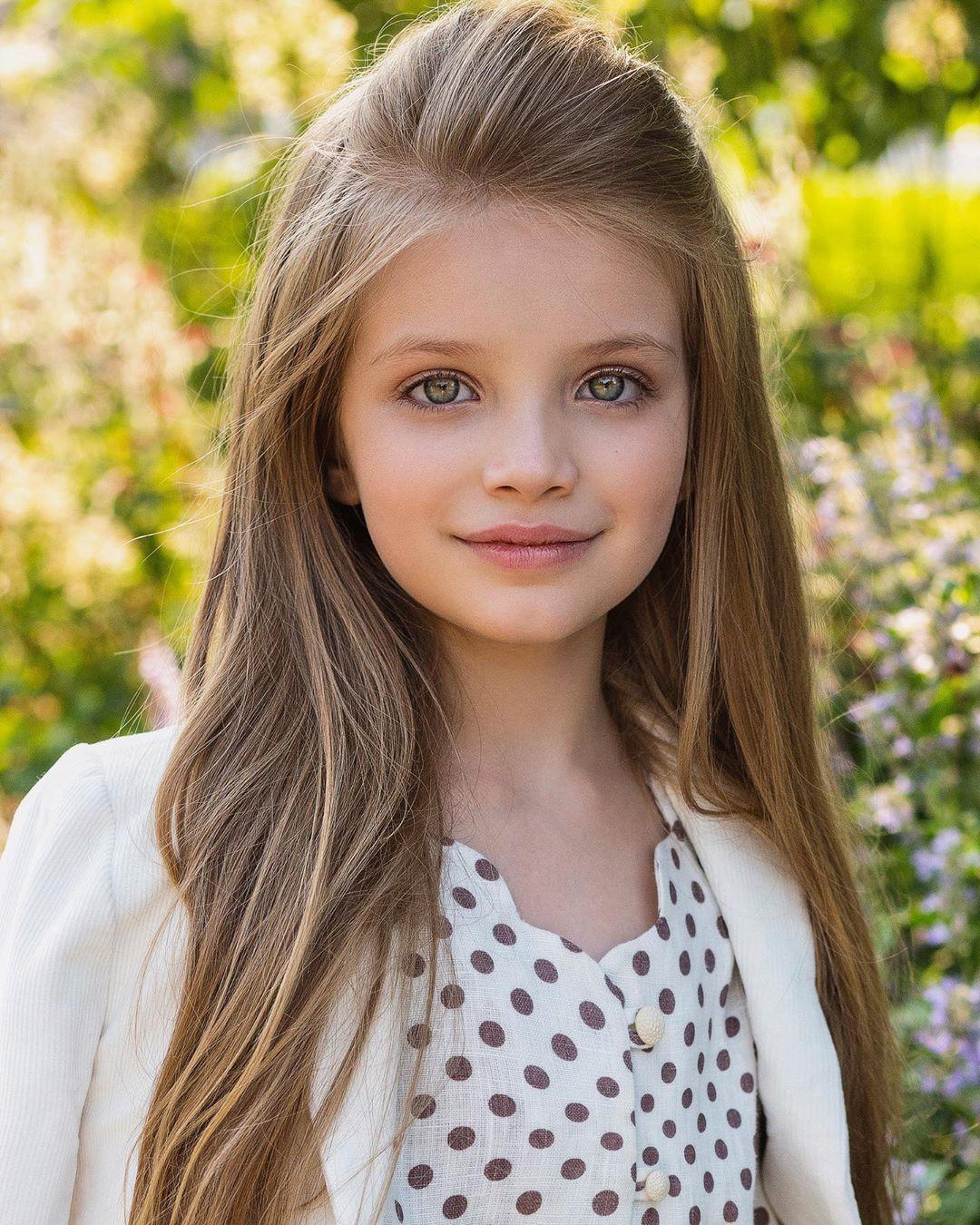 دختر بچه خوشگل خارجی