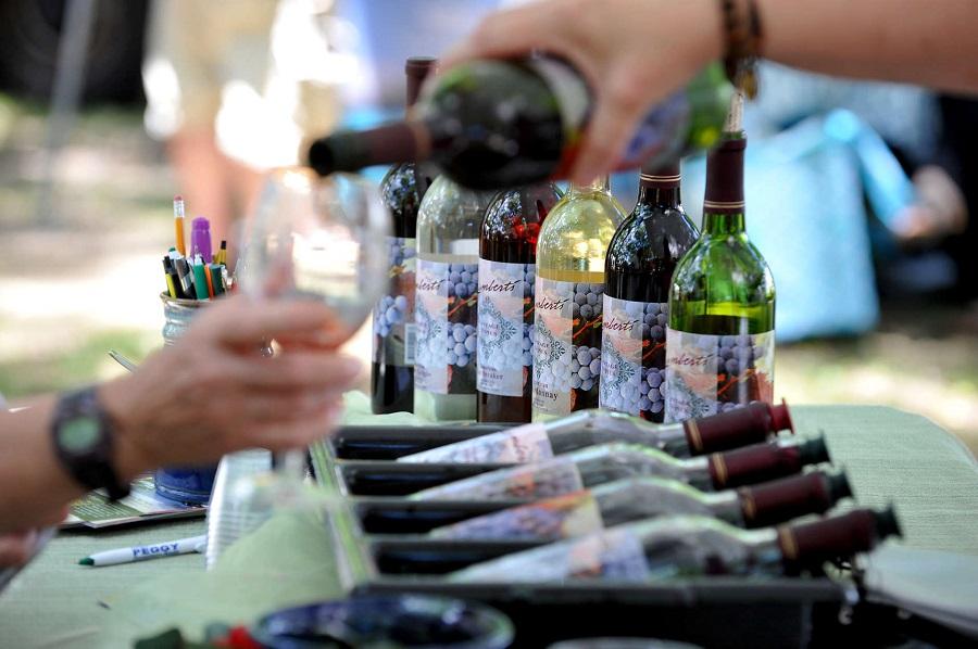 فستیوال های غذا و نوشیدنی تابستانی در منطقه D.C: فستیوال تابستانی غذا و شراب پولسویل