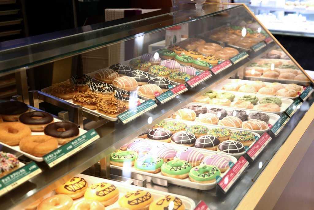 بهترین نانوایی ها و شیرینی پزی های زنجیره ای دنیا: Krispy Kreme