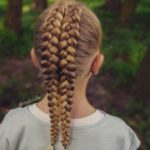 بافت مو دخترانه فرانسوی دو ردیفه وسط سر