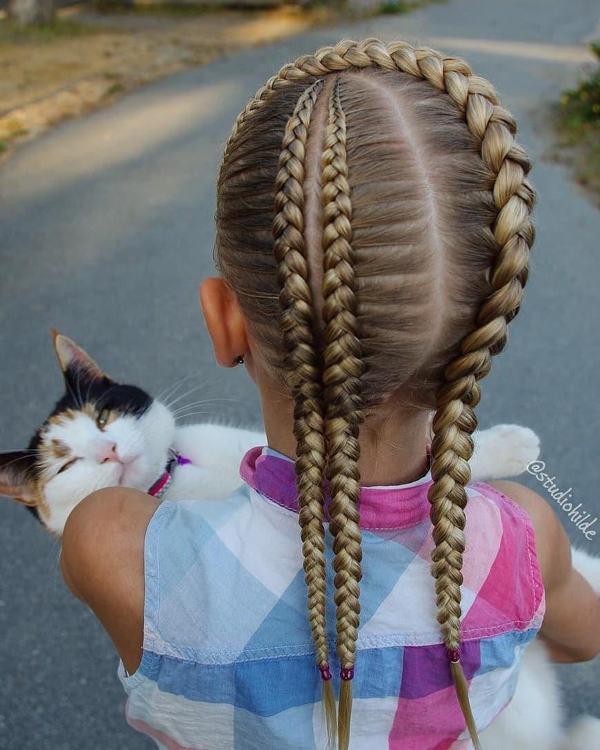 بافت مو دخترانه فرانسوی پشت سر