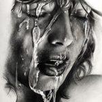 عکس نقاشی دختر با سیاه قلم