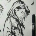 عکس نقاشی دختر ساده با سیاه قلم