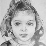 عکس نقاشی دختر بچه با سیاه قلم