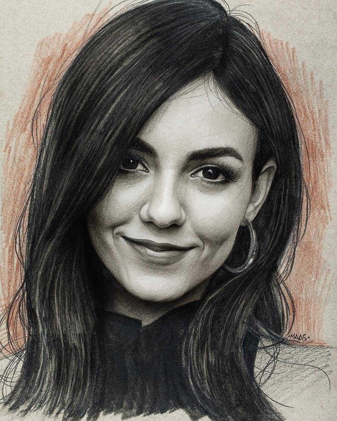 عکس نقاشی دختر زیبا سیاه قلم