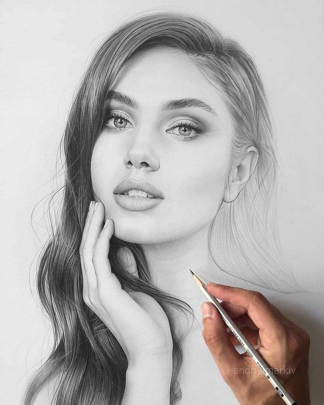 عکس نقاشی دختر زیبا با سیاه قلم