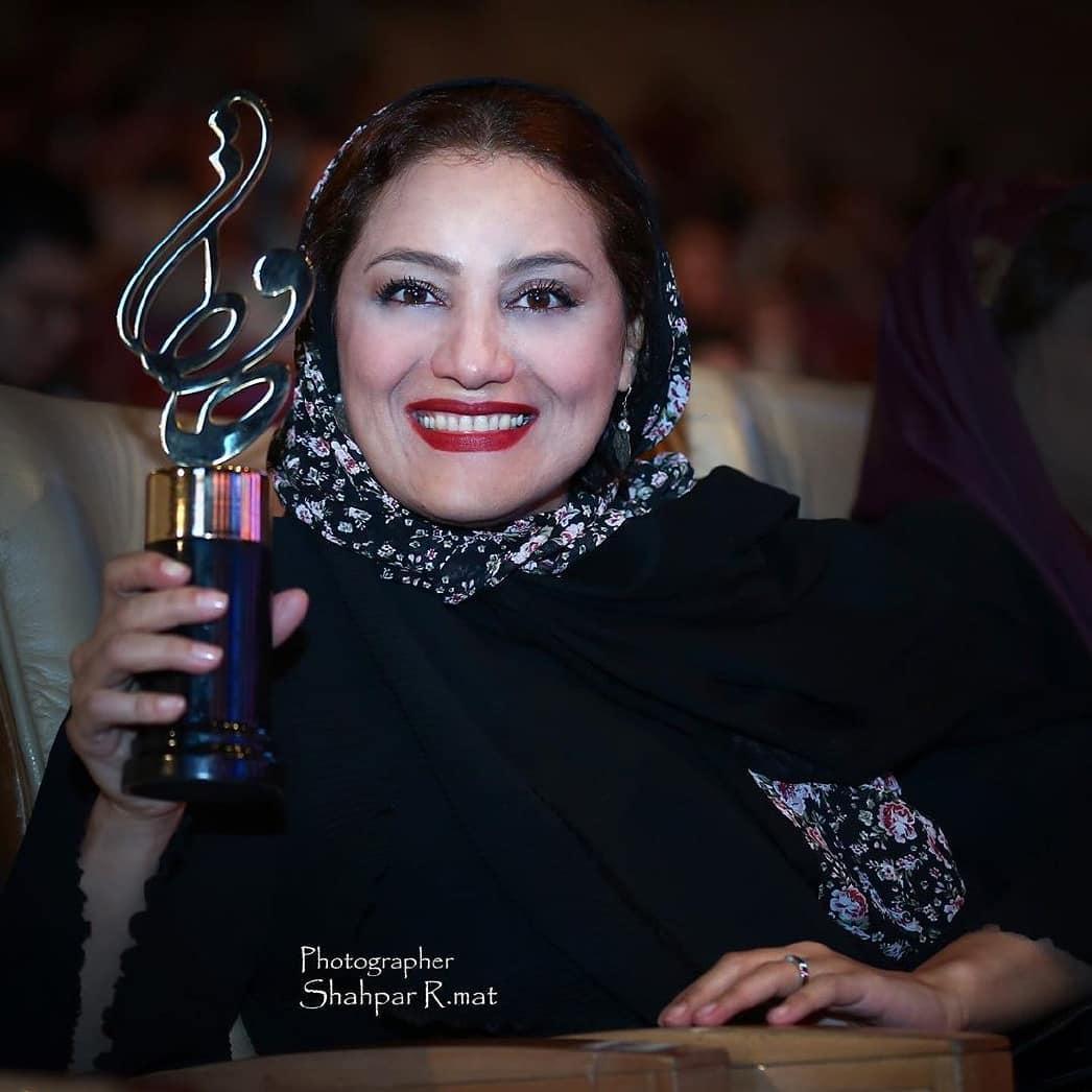 عکس های بازیگران در جشن حافظ 98: شبنم مقدمی