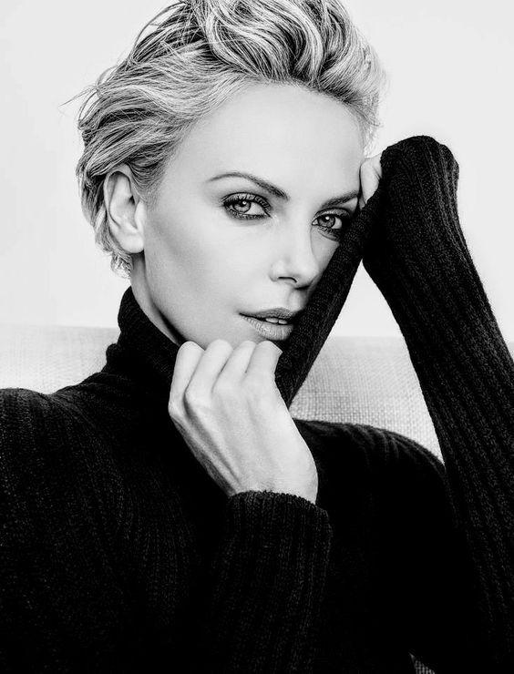 عکس شارلیز ترون سیاه و سفید