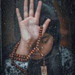 عکس پروفایل دخترانه مذهبی غمگین