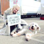 عکس امیلیا کلارک و سگش