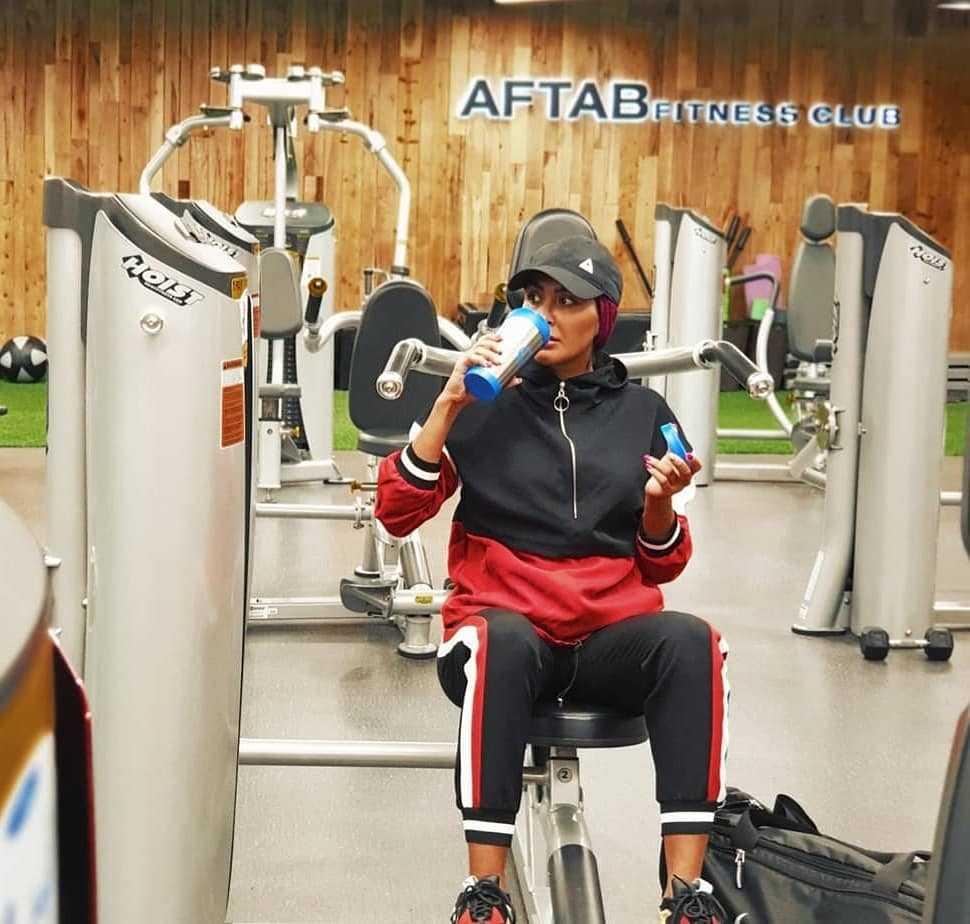 عکس مریم معصومی در حال ورزش کردن