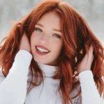 دختر مو قرمز زیبا