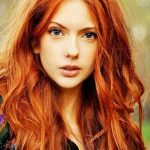 عکس دختر با موی قرمز