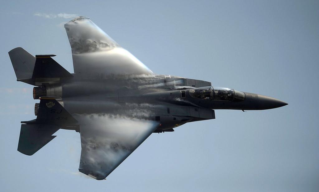 مک دانل داگلاس اف-15 ایگل (McDonnell Douglas F-15 Eagle)