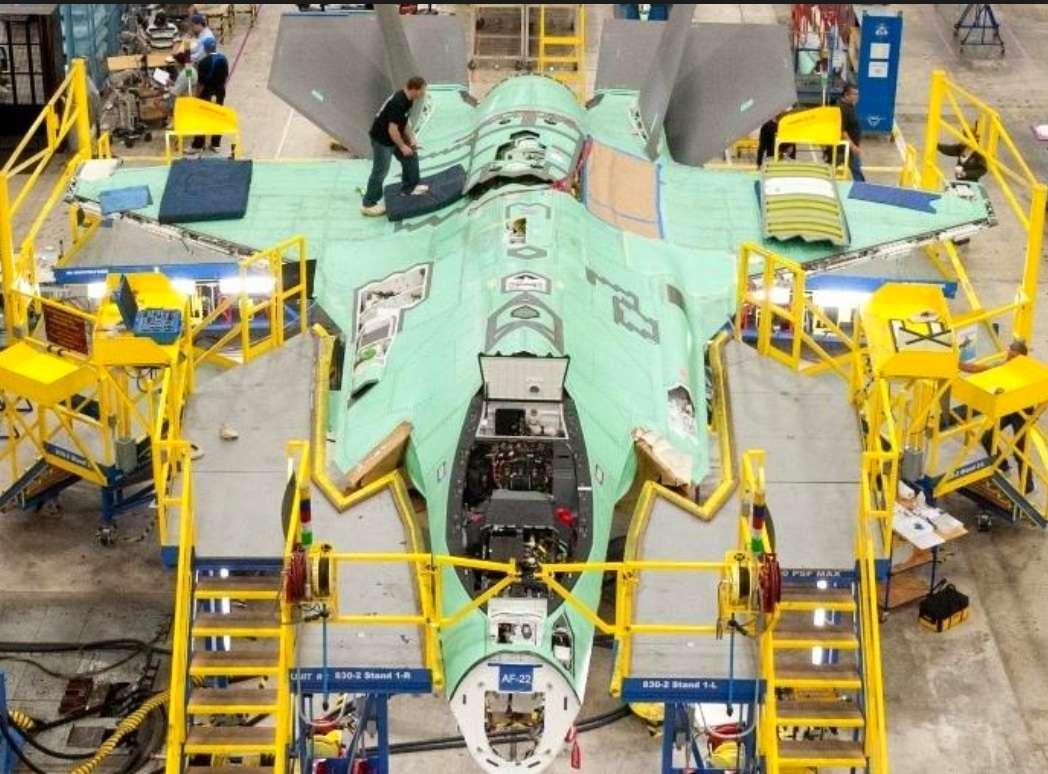 کارخانه ساخت هواپیمای جنگنده F-35