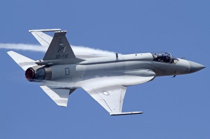 جی اف-17 تاندر (JF-17 Thunder) most advanced fighter jets