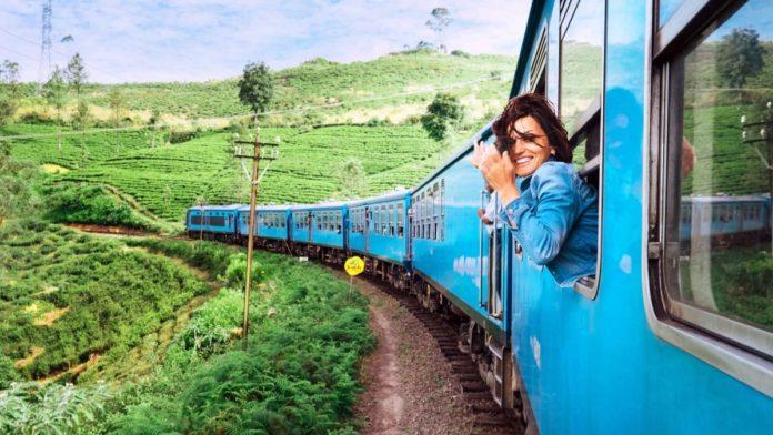 سفر دختر با قطار