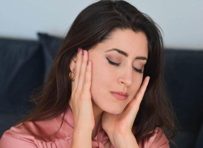علت علمی پف كردن صورت در صبح و بعد از خواب و راهکارهایی علمی برای کاهش پف صورت