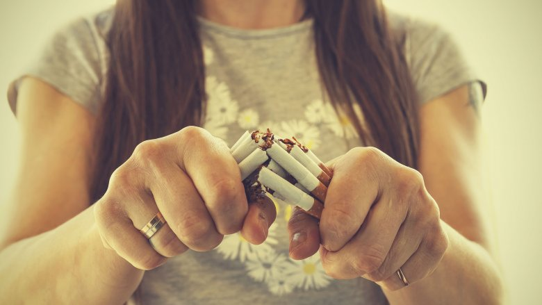 ترک سیگار برای داشتن پوستی سفید و بدون لک