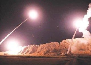 اولین تصویر از پرتاب موشکهای بالستیک سپاه از خاک ایران