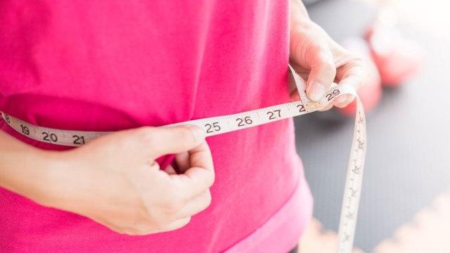 کوچک کردن شکم در یک ماه با ورزش با 10 تمرین مفید