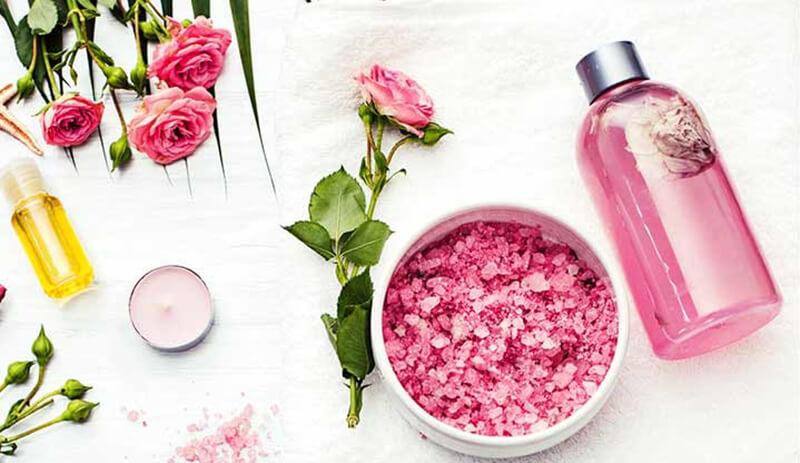 استفاده از گلاب برای زیبایی پوست