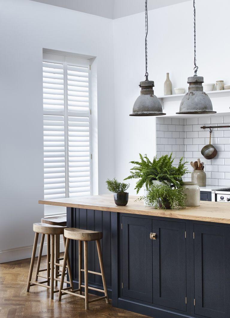نور خاصی برای آشپزخانه طراحی کنید که با فضای آن متناسب باشد