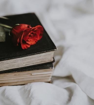 معرفی معروف ترین کتاب های رمان های ایرانی عاشقانه