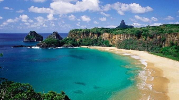 ساحل، Baia do sancho در برزیل