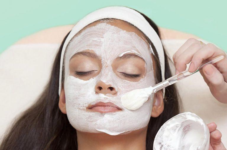 انواع ماسک با سفیدآب: ماسک سفیداب و گلاب برای درمان جوش