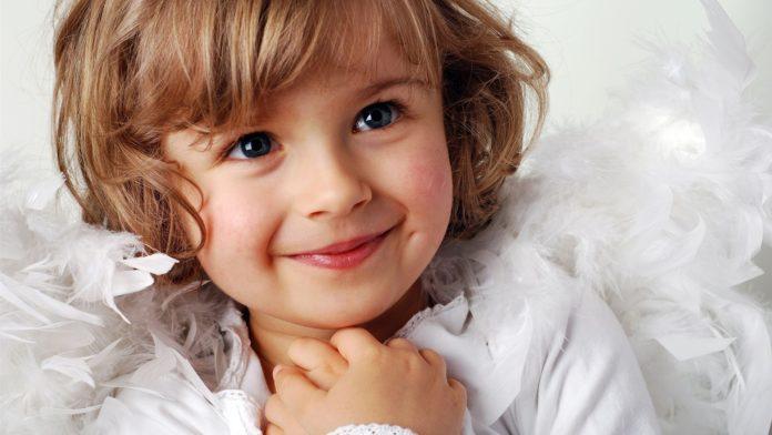 متن ادبی درباره لبخند کودک