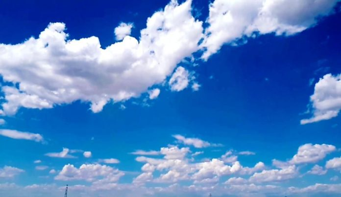 متن در مورد آسمان آبی به انگلیسی با ترجمه فارسی