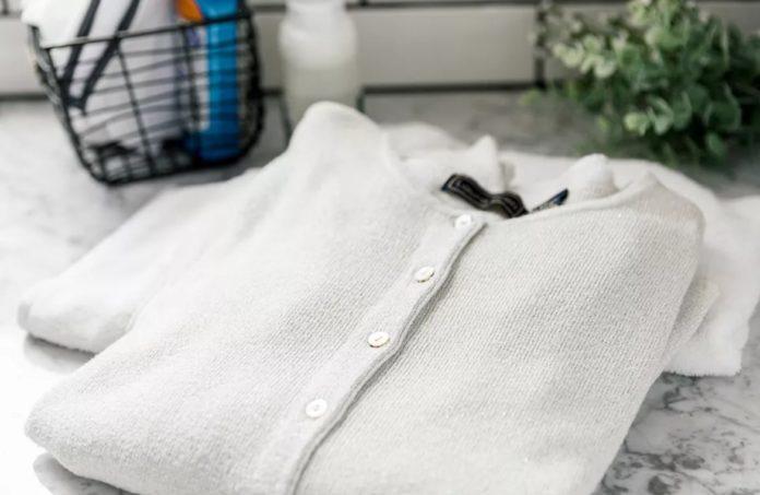طرز شستن لباس های بافتنی (با دست یا ماشین لباسشویی)
