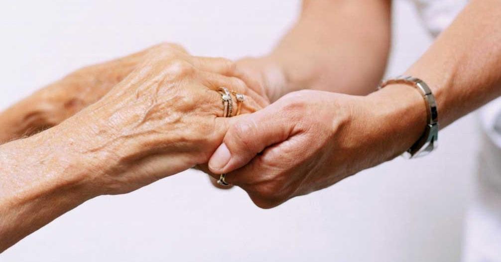 انشا درباره ی تکریم سالمندان