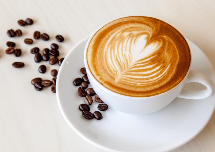 قهوه را با چه چیزهایی نباید خورد