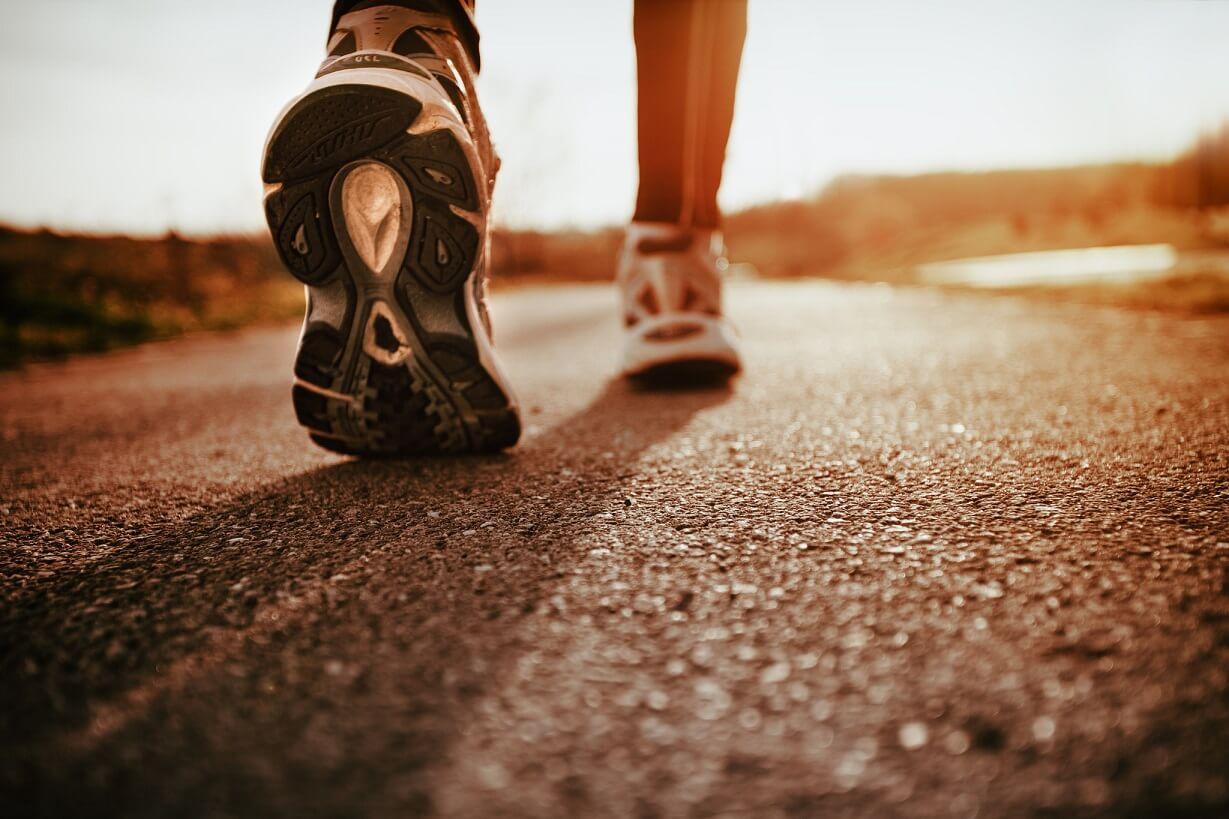 پیاده روی اصولی برای لاغری شکم