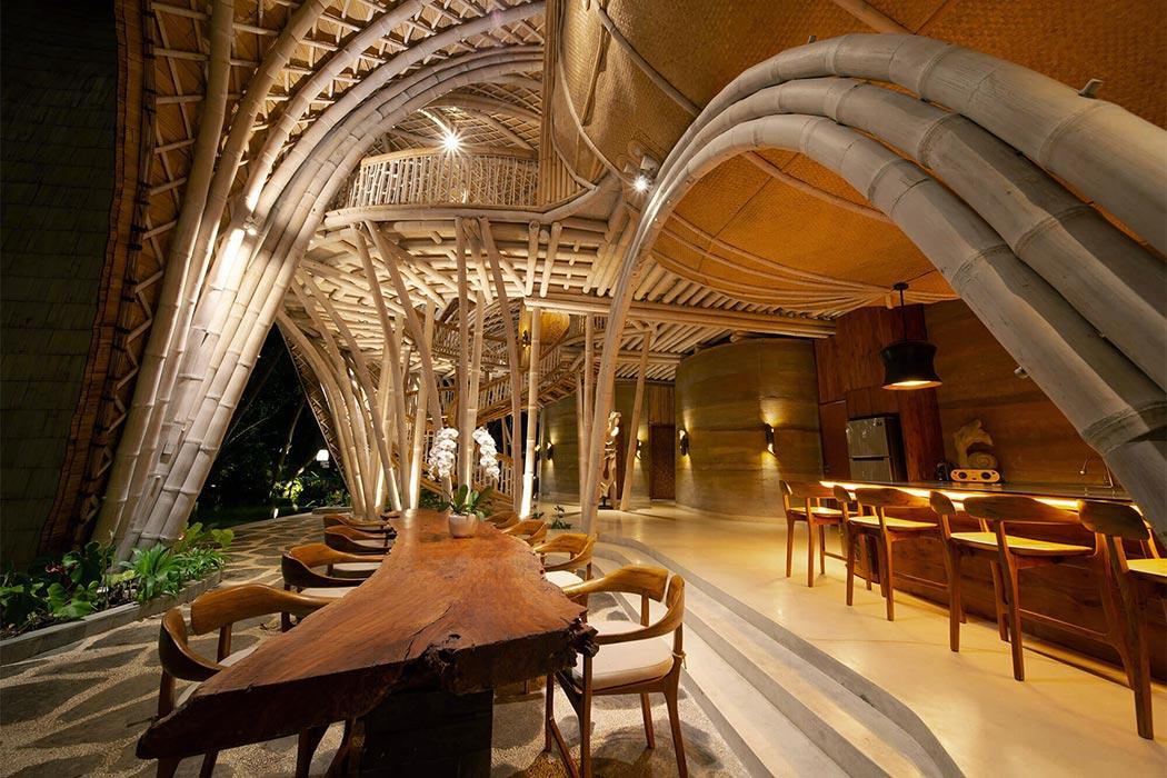 هتل لاکچری بالی اقامتگاهی جالب از جنس بامبو