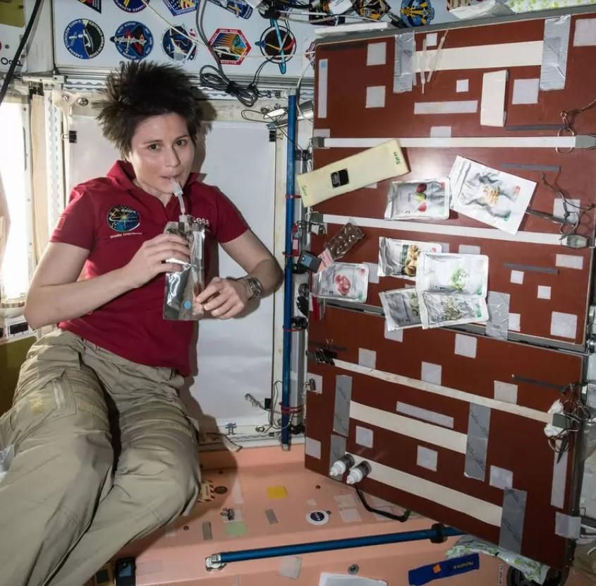 غذای فضانوردان در سفر به فضا